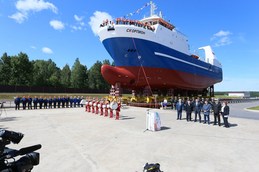 Global Fishery Forum 2019: Patrushev and Shestakov attend the launch of  new vessel at Pella Shipyard